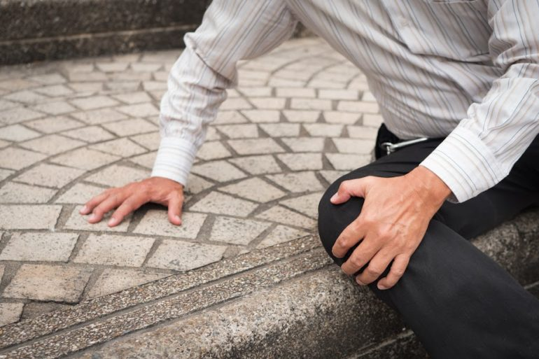 slip trip and fall lawyers